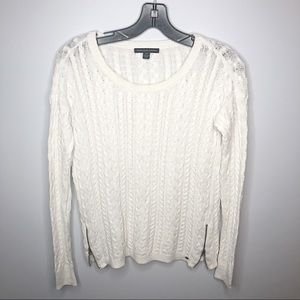 American Eagle Light-Weight Zip White Sweater